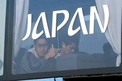 Подавленные японцы и счастливые бельгийцы: водители футболистов рассказали о спортсменах