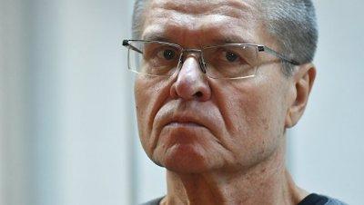 Феоктистов еще не получил два миллиона долларов, ранее переданных Улюкаеву