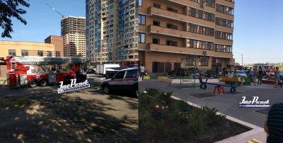 В Ростове загорелась многоэтажка на Пацаева, жильцов эвакуировали