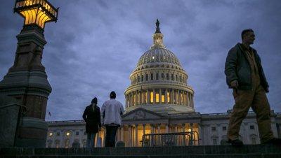 Демократам предсказывают победу на промежуточных выборах в США