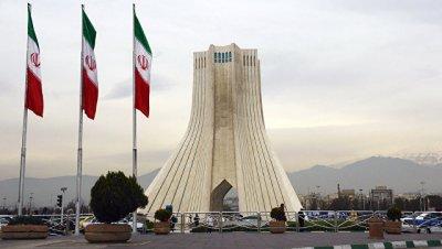 РФ вместе с Ираном продолжит борьбу против экстерриториальных санкций США