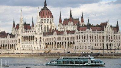 Эксперт считает введение санкций Евросоюза против Венгрии маловероятным