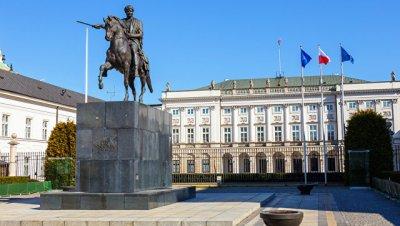 В Польше заявили о реальной возможности размещения американских военных баз