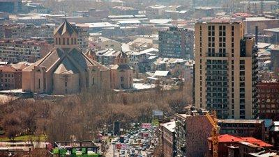 В Ереване начались выборы в городской совет