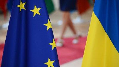 Более половины украинцев поддержали вступление страны в ЕС, показал опрос