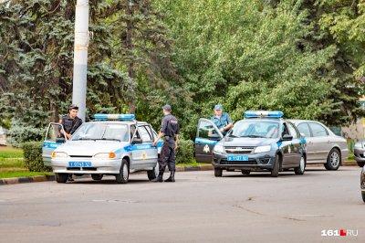 В Шахтах водители элитных иномарок расстреляли двоих прохожих