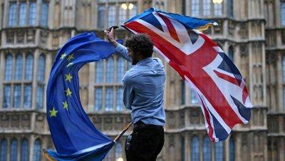 Прогресс по Brexit должен быть достигнут до саммита в октябре, заявили в ЕК