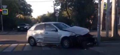 Самые ранние: утром в одном из районов Ростова произошло два ДТП