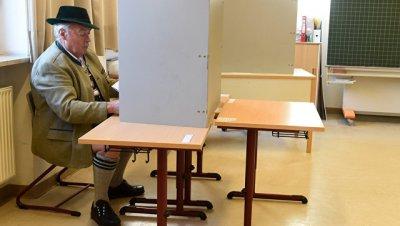 Володин прокомментировал результаты выборов в Евросоюзе и США