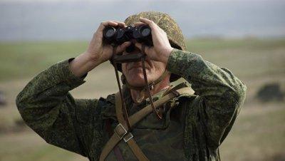ВСУ подводят танки и БМП к линии соприкосновения, заявили в ЛНР