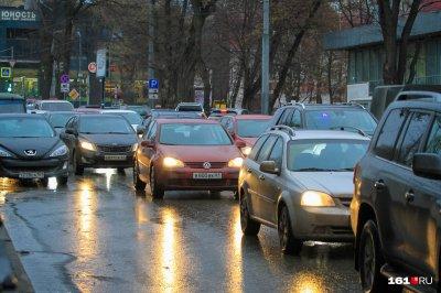 Транспортный коллапс: Ростов сковали десятибалльные пробки