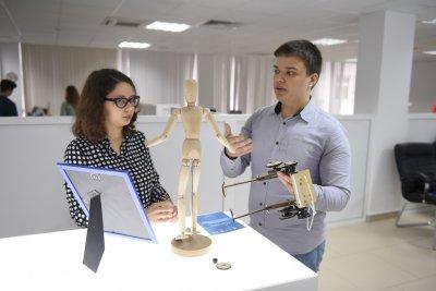 Укладчик мостов и сортировщик посылок: на «Донской сборке» показали лучшие изобретения года