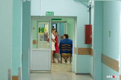 Юношу из Новочеркасска, выжившего после падения с девятого этажа, переводят в ростовскую больницу