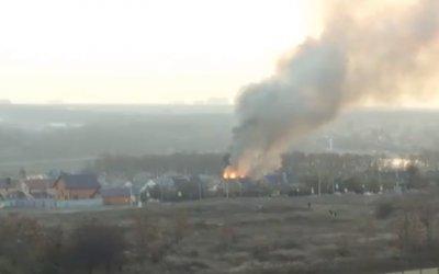 В районе Ростовского моря полностью сгорел частный дом