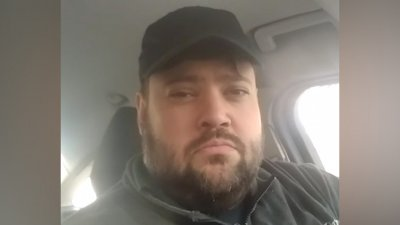 «Я таксист и блогер»: засыпавший яму на Цезаря Куникова рассказал о себе