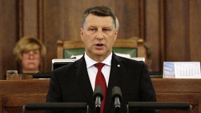 Президент Латвии поддержал продление санкций против России