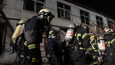 В Китае 11 человек погибли при пожаре на заводе