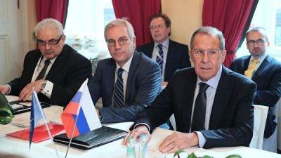 Лавров обсудил со Столтенбергом безопасность в Европе
