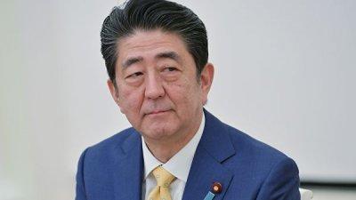 Абэ поддержал решимость Трампа не идти на уступки КНДР в денуклеаризации