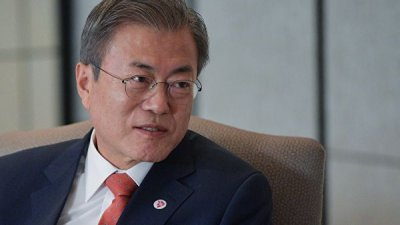 Глава Южной Кореи предложил Трампу провести встречу
