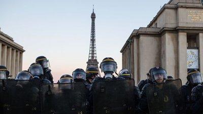 Во Франции врачи призвали запретить использование резиновых пуль полицией