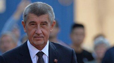 Премьер Чехии посоветовал Мэй провести новый референдум по Brexit