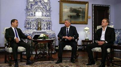 Клинцевич прокомментировал поездку Медведчука и Бойко в Москву
