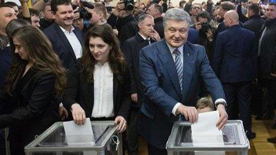 Порошенко заявил, что не слышал о серьезных нарушениях на выборах