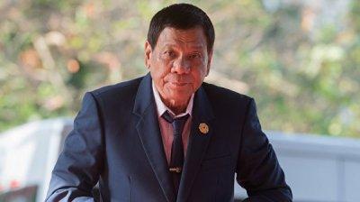 Президент Филиппин приказал перепроверить все контракты правительства