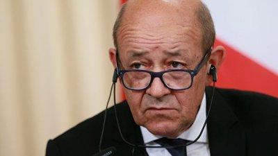 Глава МИД Франции прокомментировал решение президента Алжира об отставке