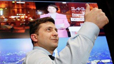 Зеленский намерен провести дебаты с Порошенко 19 апреля