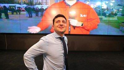 В штабе Зеленского считают, что Порошенко его уже не догонит