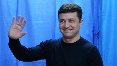 Штаб Зеленского прокомментировал его перепалку с Порошенко