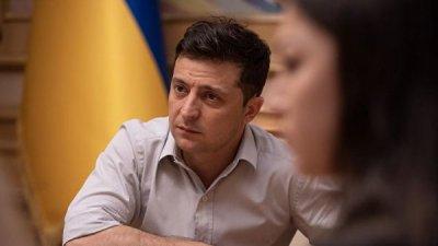 Зеленский встретился с представителями контактной группы по Донбассу