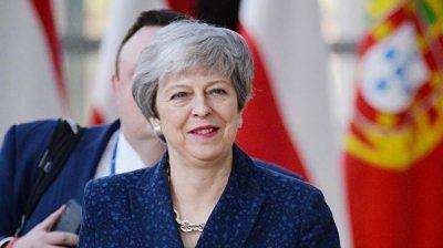 Мэй пообещала предоставить НАТО новейшие британские авианосцы