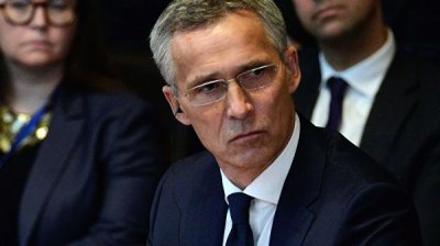 Столтенберг обсудил с Зеленским ситуацию в Донбассе
