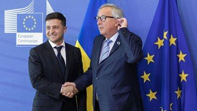 Юнкер и Зеленский обсудили ситуацию с Крымом