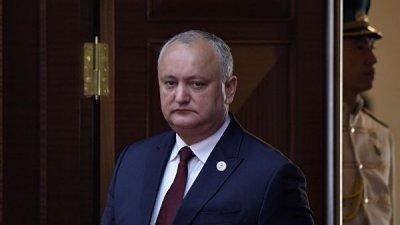 Додон заявил, что не собирается уходить в отставку по требованию Демпартии
