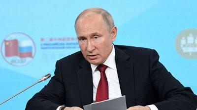 Путин и принц Абу-Даби обсудили по телефону двустороннее сотрудничество