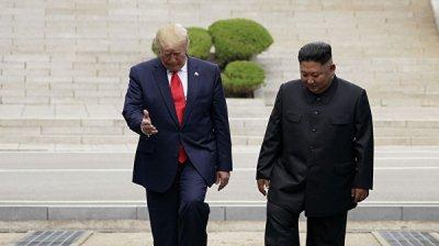 Япония поприветствовала встречу Трампа и Ким Чен Ына