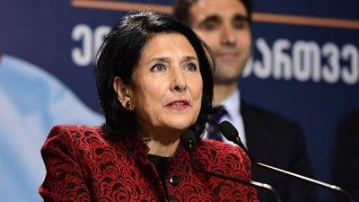 Президент Грузии призвала соотечественников отдыхать на родине