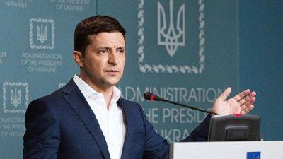 Зеленский потребовал от главы Фискальной службы уйти в отставку