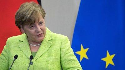 В правительстве Германии объяснили причину одышки у Меркель в Париже
