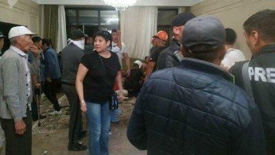 Сторонники Атамбаева назвали условие, при котором отпустят заложников