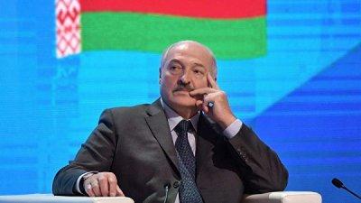 Лукашенко поручил спецслужбам прослушивать граждан