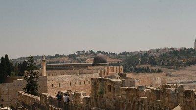 В стычках на Храмовой горе в Иерусалиме пострадали более 60 человек