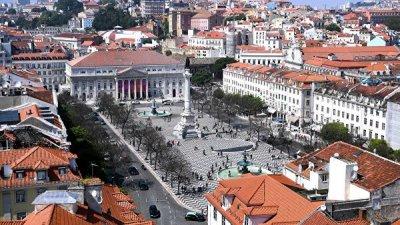 В Португалии началась бессрочная забастовка водителей бензовозов