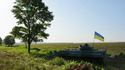 ВСУ разместили БМП на территории школы в Донбассе, заявили в ЛНР