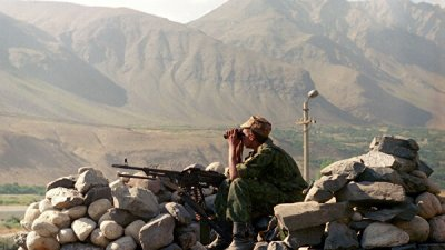 Главы МИД Киргизии и Таджикистана обсудили инцидент на границе