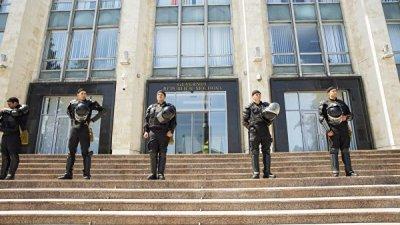 В Молдавии задержали двух лишенных неприкосновенности депутатов